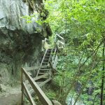 Водопад в ущелье Дюрнан