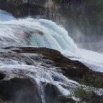 Рейнский водопад. Самый большой равнинный водопад в Европе.