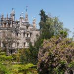 Кинта да Регалейра. Парк с башнями, лестницами и тайными ходами